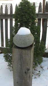 pebble-with-snow2